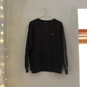 Vintage black Nike pullover
